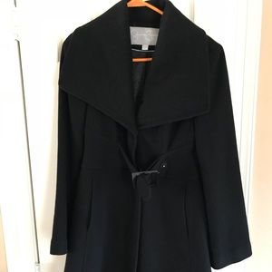 Size small Jessica Simpson belted Coat. EUC